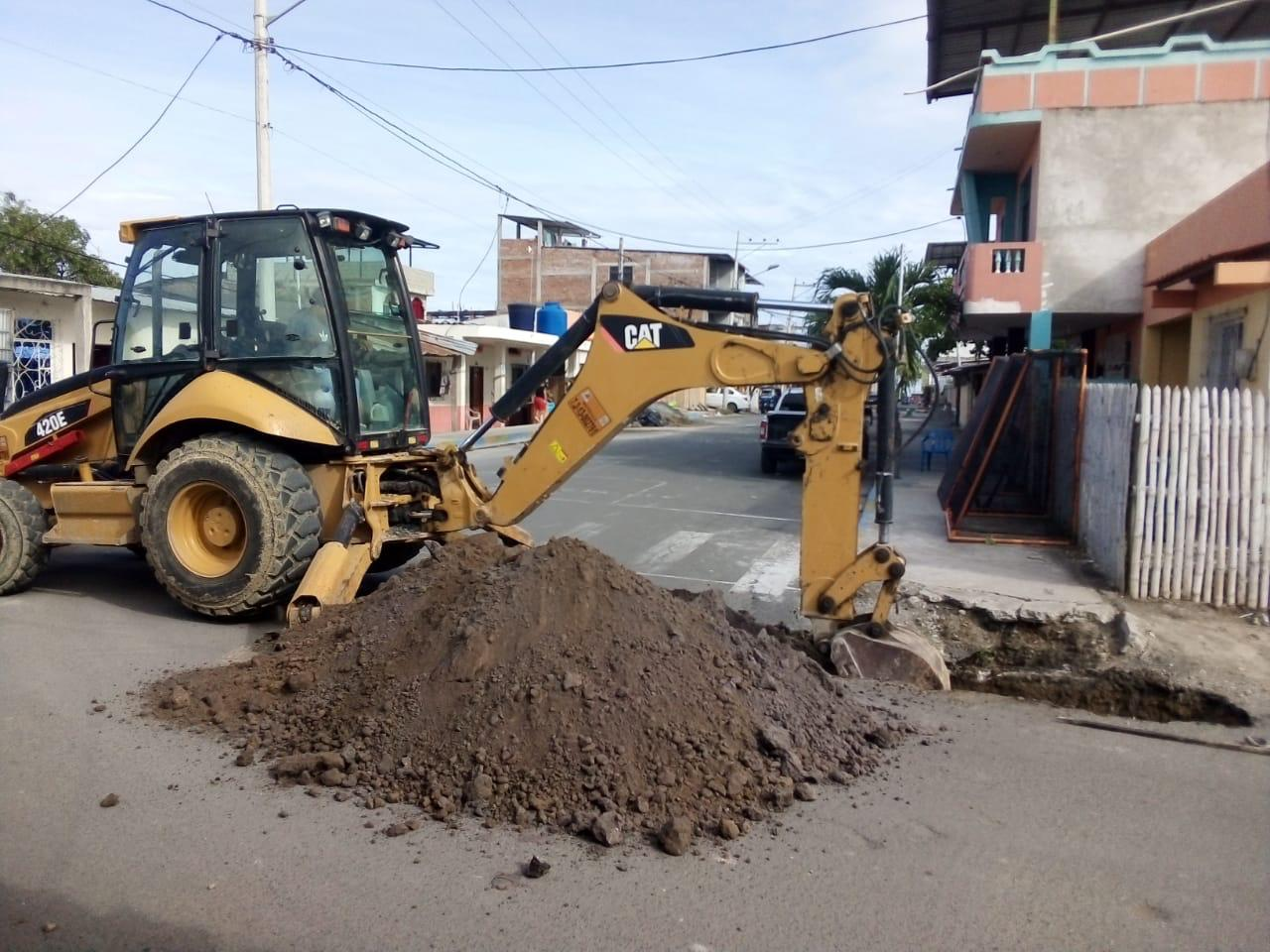 Dotar de agua potable al barrio Santa Cruz